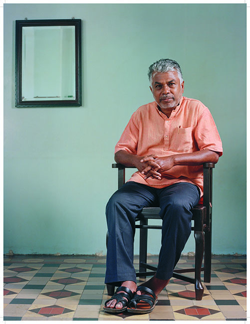 /jcb_author_portraits/1. Murugan.jpg
